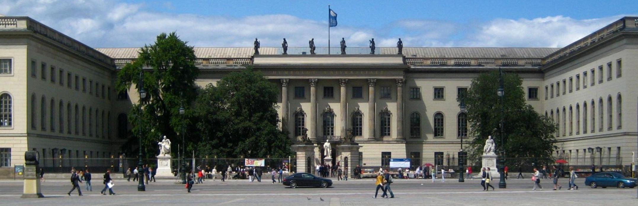 Berlin,_Mitte,_Unter_den_Linden,_Hauptgebäude_der_Humboldt-Universität_02